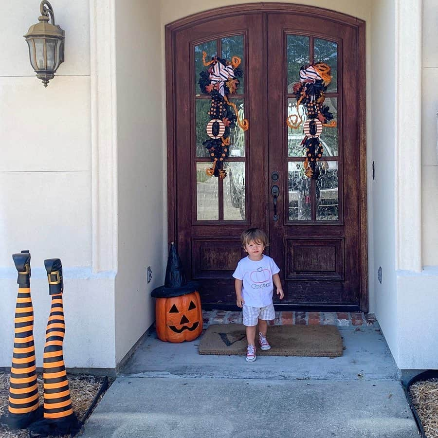 Front porch decor for Halloween
